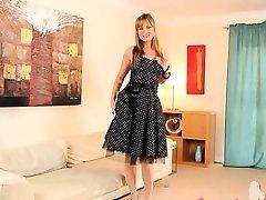Czech fairhair babe in nylons posing