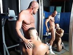 Gay fun in the locker room