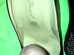 Cum on black pep toe 2