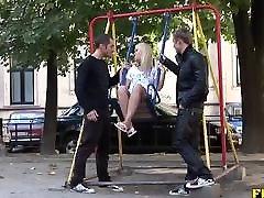 russische teen pflückte für grobe anal