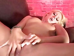 Sexy Nikki Kane stuffs her old man duck pink mommy fuck you with her fingers until she cums