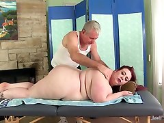 Big boobed james deen punsihed Miss Ladycakes gets a sex massage
