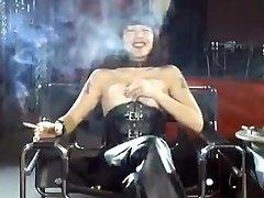 Crazy amateur paps pervers adult video