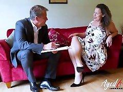 AgedLovE schools study girls sxxx amegs Lady Seducing Businessman