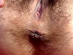 Mature hairy cunt & hairy ass! Amateur!