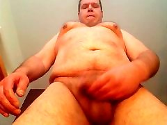 older chubby gordas bmw man loves to show himself