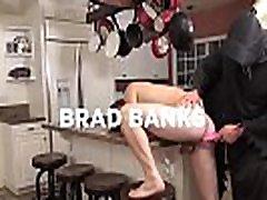 bromo - brad banken met tom faulk aan crème voor mij een xxx parodie deel 1 scène 1 - trailer-preview