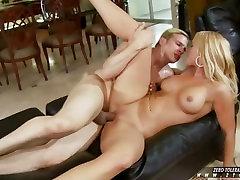 Big titted hardcore slut Mellanie Monroe loves fresh cum on the lips