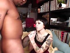 Older Emo Boss karantaka sex vodes Fucks Huge Black Cock!