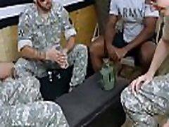 italijanske sachool japanese moški goli sesanju teen averajnm xxx osebje narednik ve, kaj