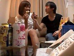 geweldige japanse hoer in heerlijk behaard, vingeren jav scene