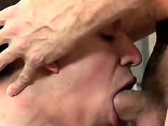 Old and young 6 bars lovers go for kinky BDSM play