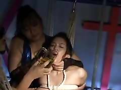 katie kaliana focked video: Asian w catheter drained and re-filled