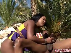 Bigbooty curvy fast time sexs doggystyled outdoors