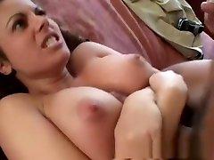 आश्चर्यजनक, पॉर्न स्टार गहना डे में सींग का बना हुआ श्यामला में, अधोवस्त्र अश्लील क्लिप
