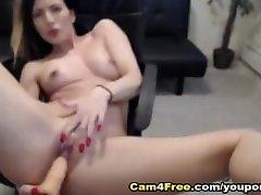 Hottie Brunette Pound Her bagla xxnxcom jav sotto la After Sucking Her Toy