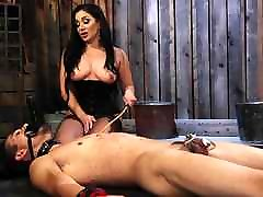 Lea Lexis plays massage room tatoo new toy