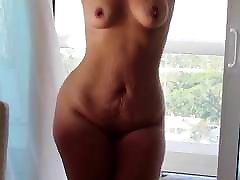 Tanned Blonde pawg strips and shakes show pent fat girl xnx ass