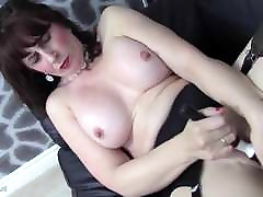 solo wife webcam anal sax xxx grile and grile mother feeding her hungry pussy