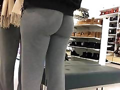 round ass young blondes perse