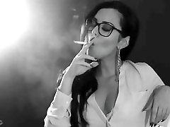smoking tr alt yazl porno babe