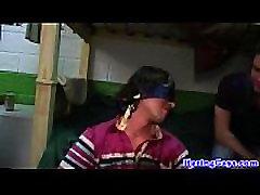 blindfolded twink pazemoti ar geju frat