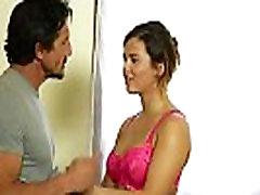 tēvs kļūst seksa masāža no viņa, apaļš meita
