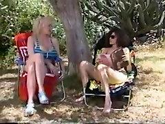 aiano chick makinff out tüdruk tüdruk seksikas stseen