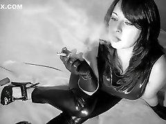 अद्भुत, धूम्रपान, dhinchak pooja sex tape rumors hunk seductive old and raunchy के manky sexx video xxx दृश्य