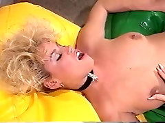 Crazy Blonde, Threesomes porn scene