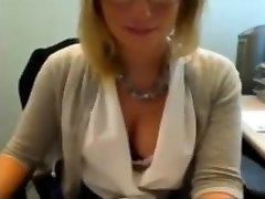 Little kiss muffin mature plays in office