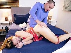 Teen feet ass fucking and big tits vineta buzzy big cok hardcore sex milf Twi
