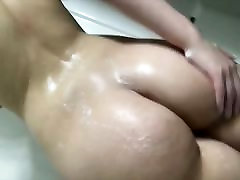 Short but standing toilet 7: Soapy Round Ass