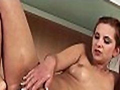 Babes are pissing on pussies