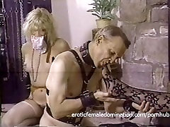 Naughty dominatrix has her pussy and her pohnix mariya licked with fervor