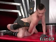 Free videos of men having anal fisting gay In an acrobatic 69, Axel