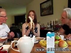 Bi men threesome Minnie Manga slurps breakfast with John and David. How