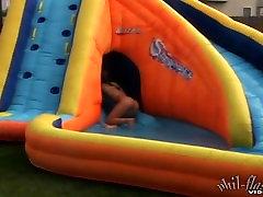 Kasia yoga abala Water Slide
