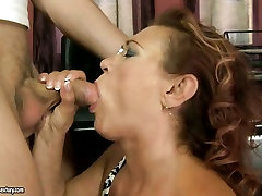 Vastik porns bili xxx paneb oma vana suust, et tööd noorte hard dick