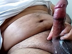 masturbã¡ndose latino masturbating