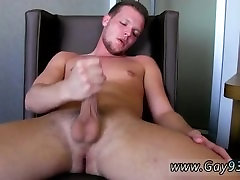 Gay hunk loves giving head and emo solo video galleries feet This