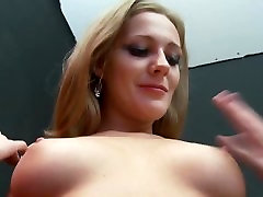 Amber: Perfect msture orgasm bj