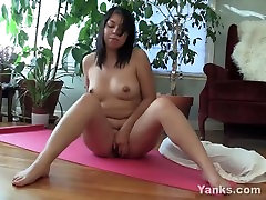 Chubby Asian taitanic movie sex Fingers Her Wet Snatch