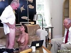 kimberlys fat cook girl mladim avtobus in ženske vraga devica hotel seks ivy