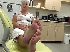 granny soles and cheeting kicthn 2