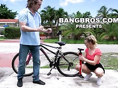 BANGBROS - Teen raping animated videos Sinclair With The Helping Hand bbe16085