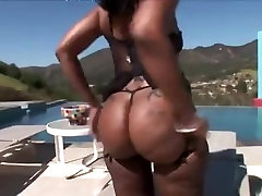 Huge booty queen Cherokee DAss pounded by a black dick on HousewivesHD
