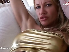 foto porno dp - Sexy MILF gets eaten out and fucked