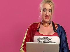 Porn Stars React to Kim K Superstar