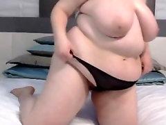 Areethaa BustyLadyG δείχνει τα μεγάλα βυζιά και να της δίνει το παιχνίδι μια πίπα